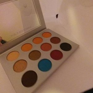 Pur BoxyCharm Eyeshadow Palette Never Used